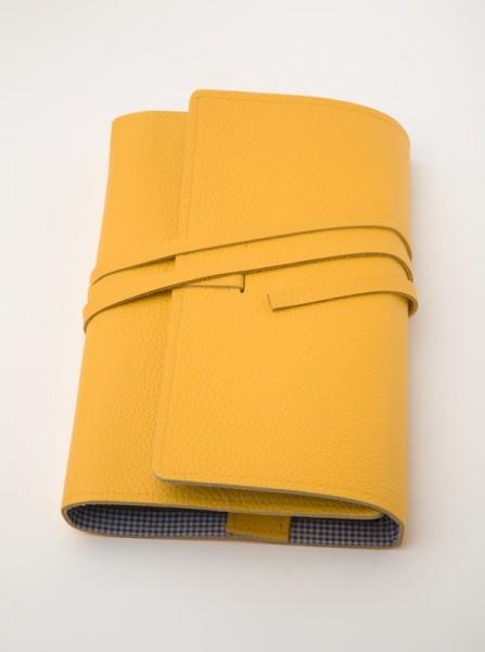 LITERAturtasche | Größe L | gelb | Buchhülle aus echtem Leder